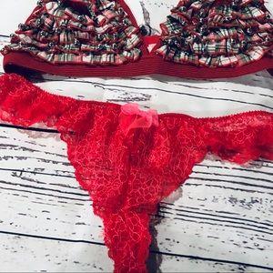 Victoria's Secret Intimates & Sleepwear - Victoria Secret Christmas Bra Christmas Thong.
